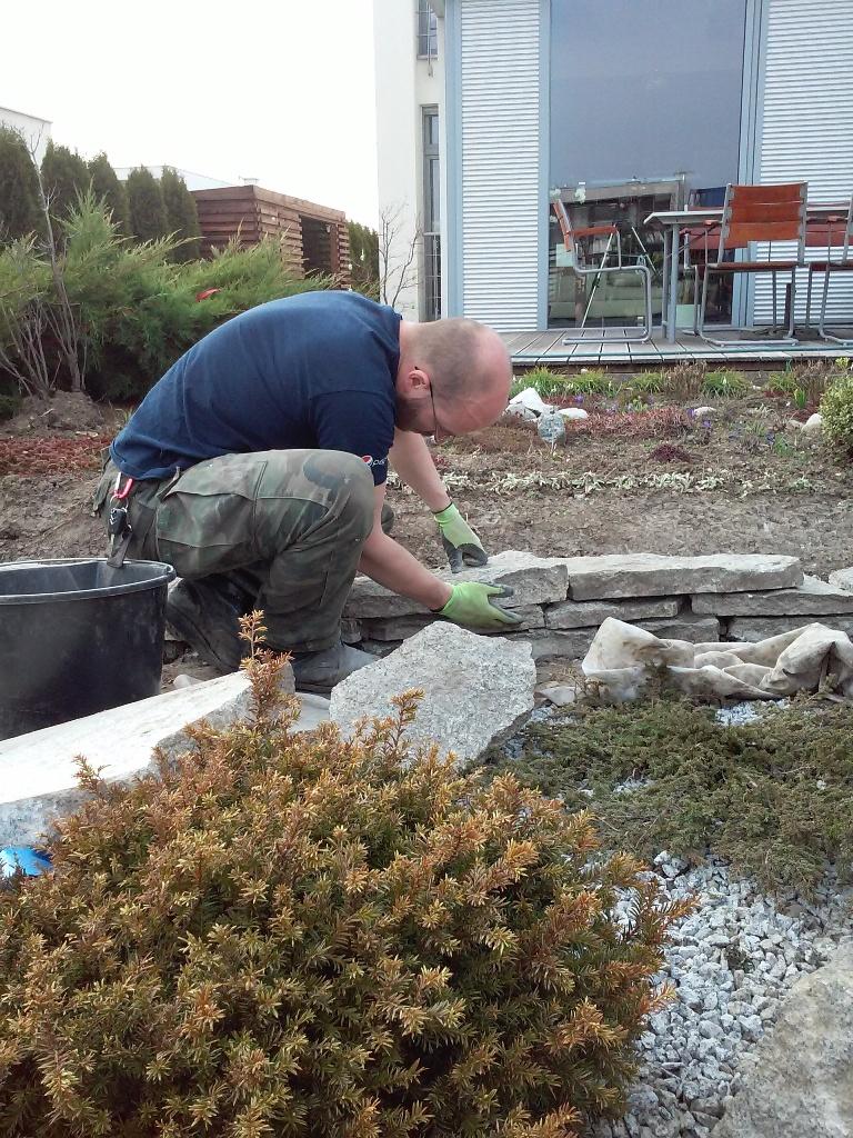 realizacja ogrodów - murek oporowy